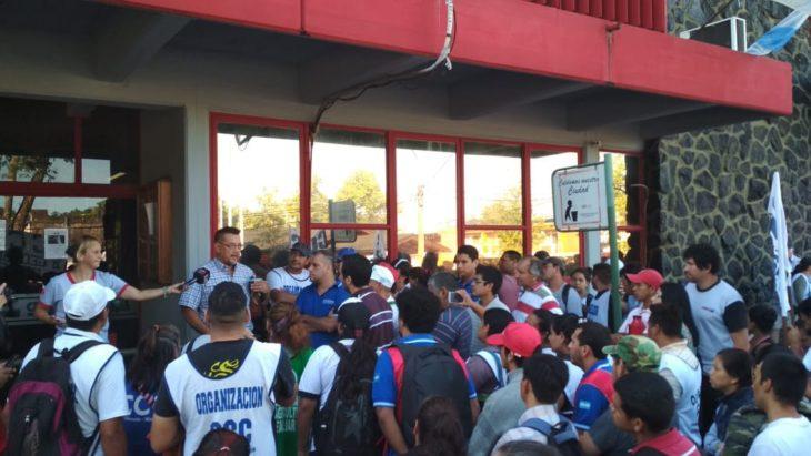 Empleados de la CEEL de Eldorado: pidieron trabajar a puertas cerradas por temor a posibles actos de violencia