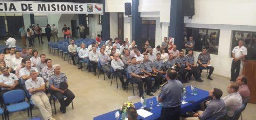 Nuevas modalidades delictivas y la seguridad ciudadana, los ejes de la convocatoria de la Policía a los intendentes misioneros