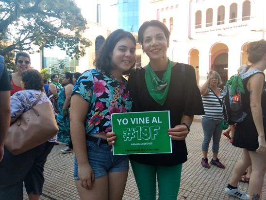 #19F: en Posadas también se sumaron al pañuelazo federal por el aborto legal, seguro y gratuito