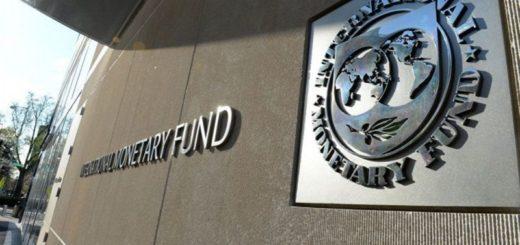 Una nueva misión del FMI llega este martes a la Argentina para renegociar la deuda del país