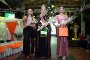 Colonia Aurora: Daiana Warmbier es la nueva Reina Provincial del Ananá