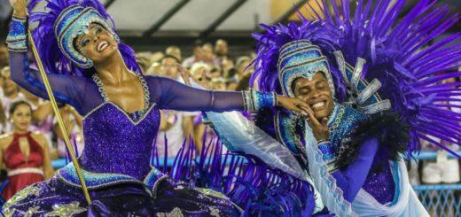 Brasil: comenzó el carnaval de Río de Janeiro con críticas al presidente Jair Bolsonaro