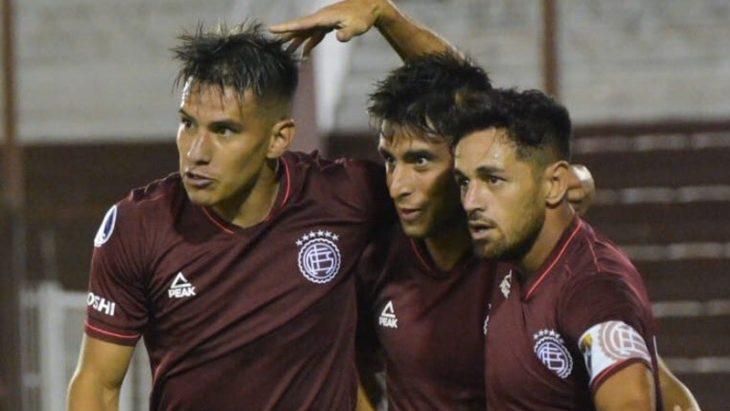 Lanús terminó sufriendo pero clasificó — Sudamericana