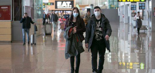 Se registraron al menos diecisiete casos confirmados de coronavirus en España, uno de ellos de gravedad