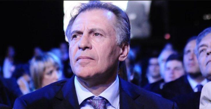 Cristóbal López abrió una cuenta en Twitter para compartir detalles de su causa y diálogos con sus seguidores