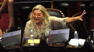 """Elisa Lilita Carrió dejó de ser diputada y se despidió diciendo: """"Mil disculpas a los que me odian"""""""