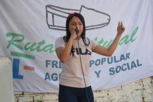 """Joven posadeña incursiona en el rap con el nombre artístico """"Kreiluz"""""""