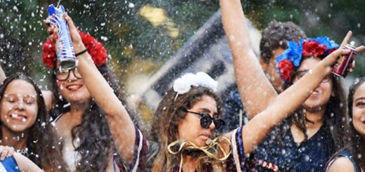 """Los festejos por el """"Último Primer Día"""" de clases y la preocupación por el consumo excesivo de alcohol en los jóvenes"""