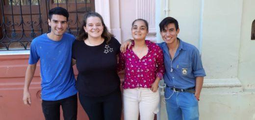 """Estudiantes de la EPET N° 1 asociados a través de """"Indu Solidaria"""" asistieron a más de 50 familias de Misiones"""