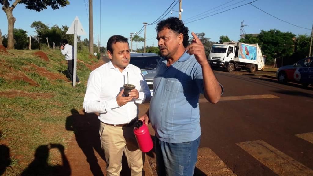 El gobernador de Misiones Oscar Herrera Ahuad y el intendente Stelatto supervisaron las obras de la escuela 842 de Posadas
