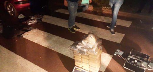 Garupá: efectivos de la Policía Federal hallaron 30 kilos de marihuana en un vehículo particular