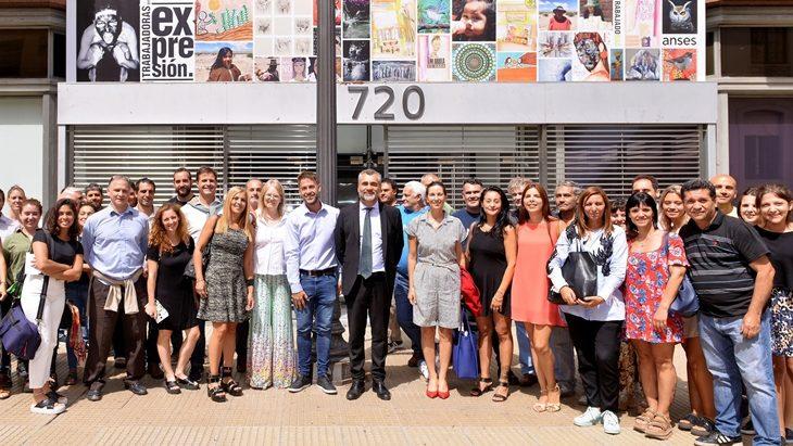 El director de Anses, Alejandro Vanoli, formalizó el programa de Géneros y Seguridad Social