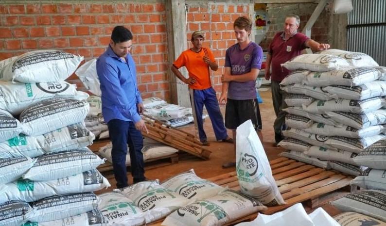El IFAI recorrió la localidad de San Antonio, donde escuchó proyectos del sector productivo y educativo