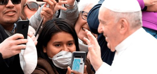 El papa Francisco oficiará la oración dominical por video para evitar el contagio de coronavirus
