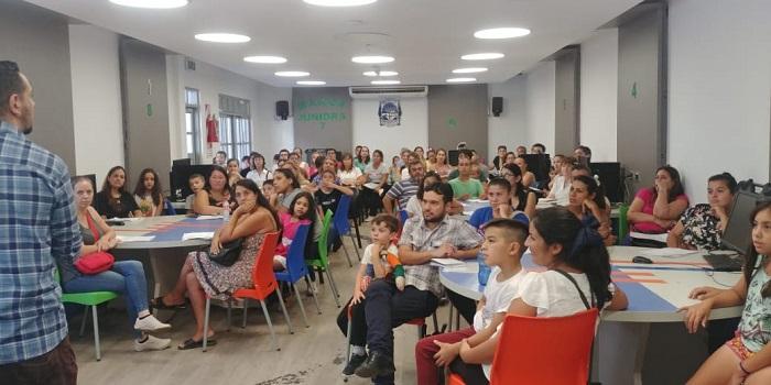 Más de 800 familias concurrieron a las reuniones de padres en la Escuela de Robótica