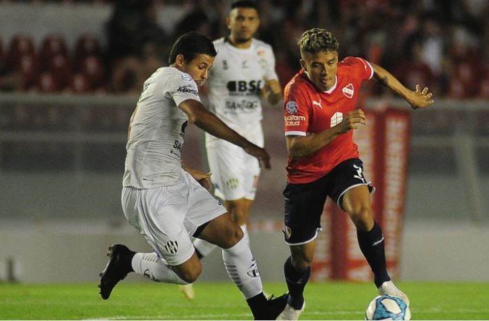Superliga: Independiente recuperó la sonrisa: goleó 3-0 a Central Córdoba de Santiago del Estero