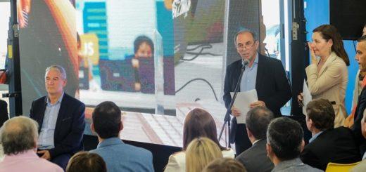 """""""Nuestro proyecto de ciudad pone a la inclusión y la tecnología como herramienta de transformación económica y social"""""""
