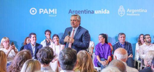 El presidente Alberto Fernández presentó el listado con 170 medicamentos gratuitos para jubilados