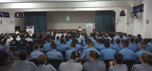 Realizarán una jornada de capacitación para las mujeres de la Policía