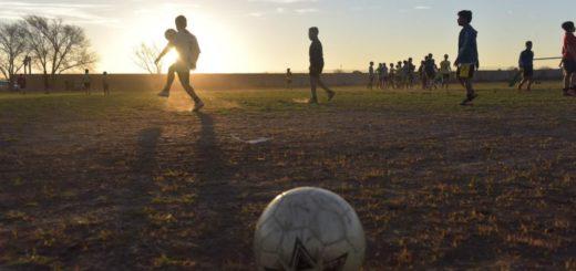 Emergencia sanitaria: policías cancelaron evento deportivo en Posadas con gran concurrencia de público