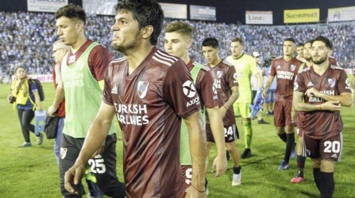 River no se presentó ante Atlético Tucumán y los hinchas temen una sanción: ¿pérdida de categoría y suspensión?