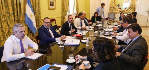 Coronavirus: el Presidente encabeza reunión del gabinete económico y social