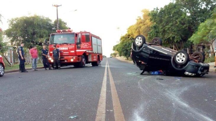 Conductor alcoholizado perdió el control y volcó en inmediaciones del Hospital Madariaga