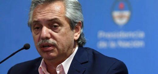 Alberto Fernández anunció la construcción de ocho hospitales de emergencia