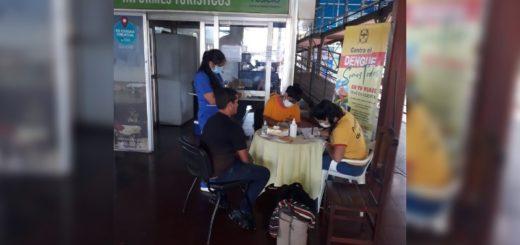 Cerrojo sanitario de Misiones: realizaron controles de salud en la terminal de Posadas