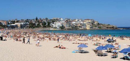 Coronavirus: Las playas de Australia siguen colmadas cuando el país tiene casi 900 contagiados