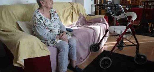 Para minimizar el impacto del aislamiento, Pami creó una red de acompañantes telefónicos y digitales para personas mayores