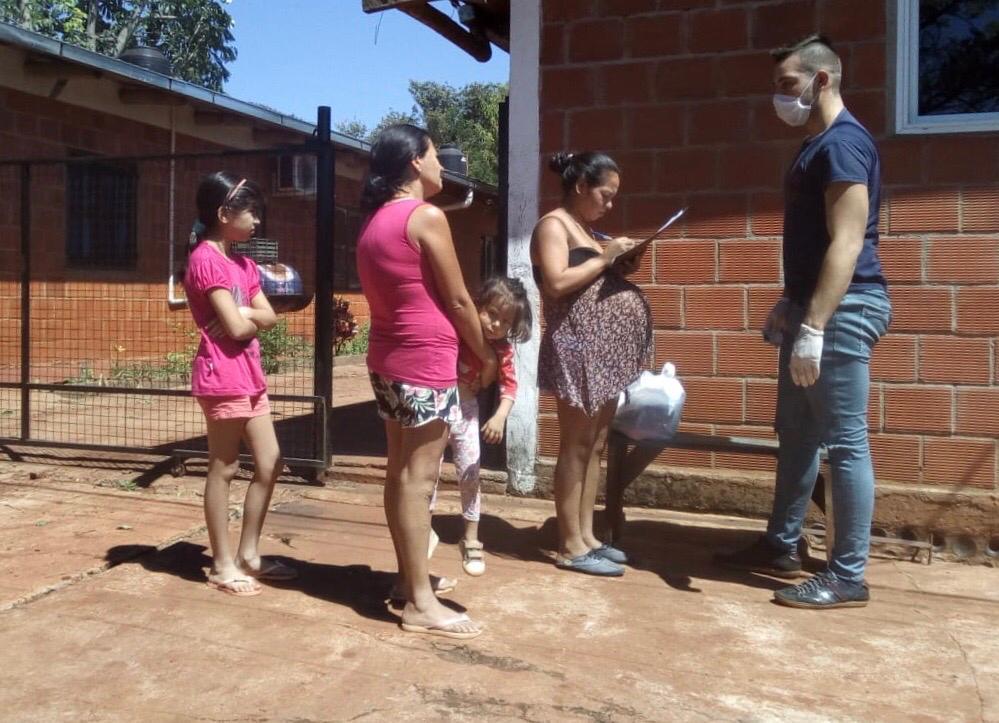 Eldorado: asisten con mercadería a familias vulnerables
