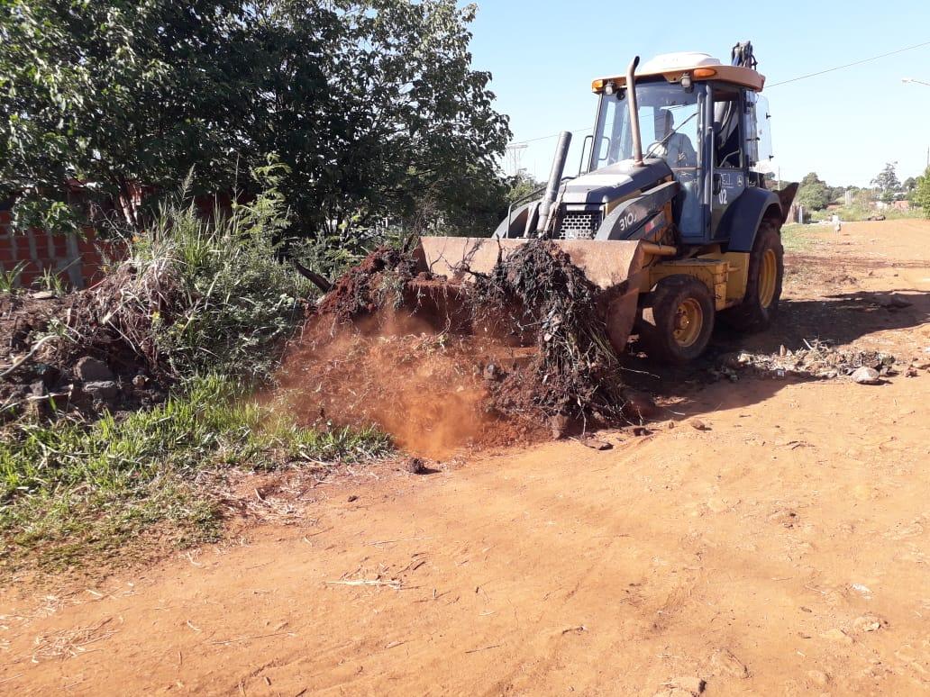 Posadas: la Municipalidad realiza operativos de limpieza integrales en Itaembé Miní Oeste y Este