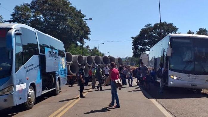Coronavirus: pese al cierre de la frontera en Puerto Iguazú, siguen entrando turistas que regresan a la Argentina desde México y España a través de Brasil