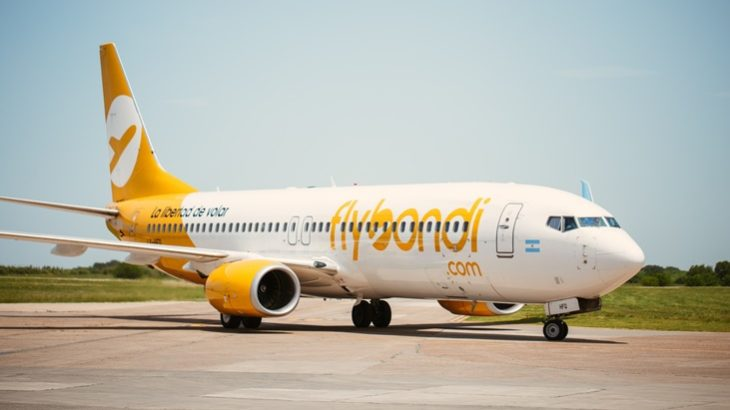 Flybondi suspende todas sus operaciones hasta el 30 de abril por la pandemia de coronavirus