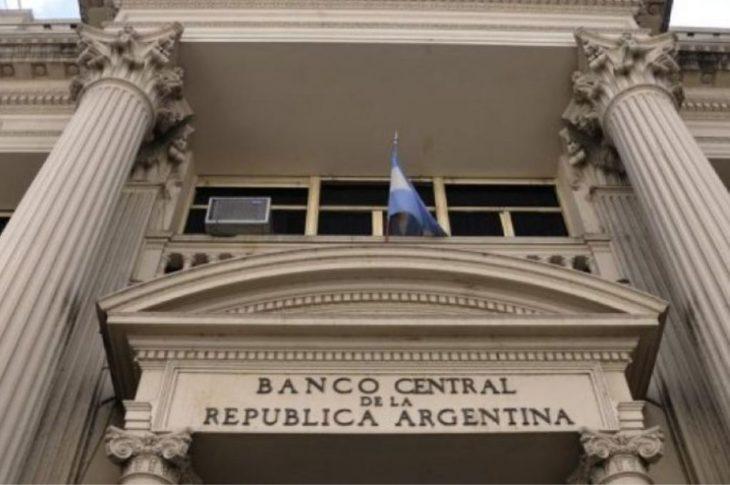 Coronavirus: Mañana vuelve el clearing bancario para facilitar pago de sueldos pero pymes temen caída en la cadena de pagos
