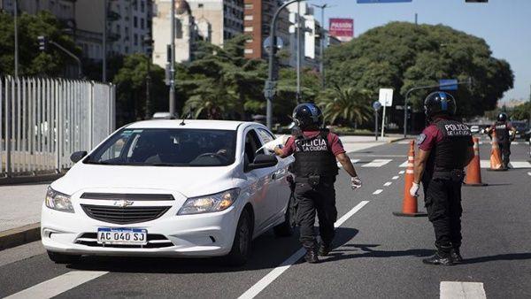 Coronavirus: Policías provinciales de todo el país detuvieron a más de 15 mil personas por violar la cuarentena