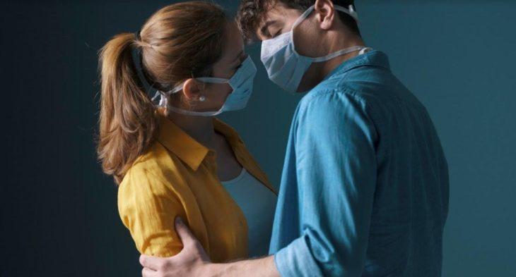 Coronavirus y citas amorosas: encuentros suspendidos y nada de besos y abrazos