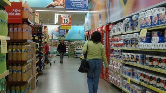 """Coronavirus: en Misiones inspeccionaron más de 60 negocios en la última semana para controlar los """"precios máximos de referencia"""""""