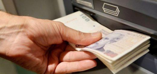 Hasta el 30 de junio no habrá cargos ni comisiones por el uso de cajeros automáticos