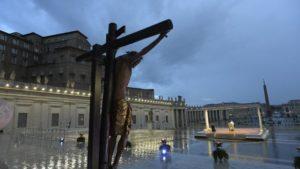 """""""Nadie se salva solo"""", dijo el Papa Francisco y otorgó la indulgencia universal por la pandemia de coronavirus"""