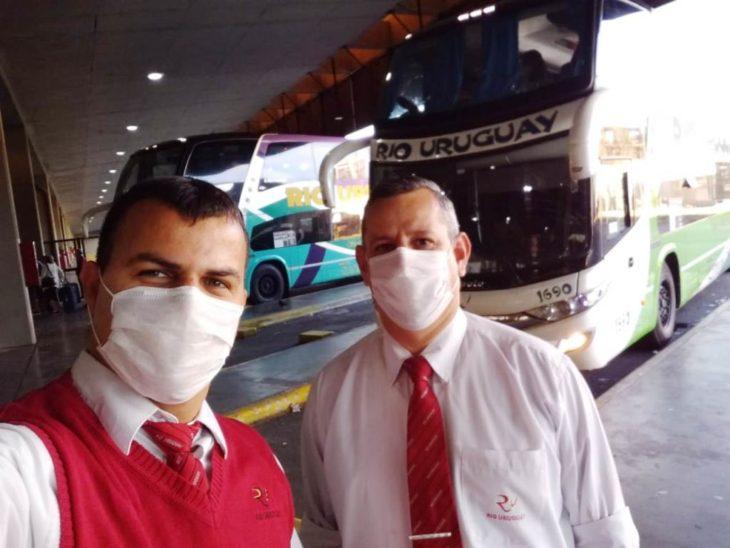 Coronavirus: Río Uruguay ya llevó a 10 mil turistas argentinos a sus provincias y ahora sus choferes están en cuarentena
