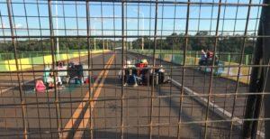 La Policía de Misiones y la Gendarmería Nacional vallaron el puente Tancredo Neves y cerraron la frontera con Brasil en Puerto Iguazú