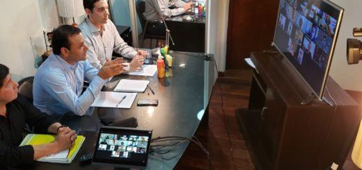 Coronavirus: el Gobernador de Misiones mantuvo conferencias virtuales con periodistas