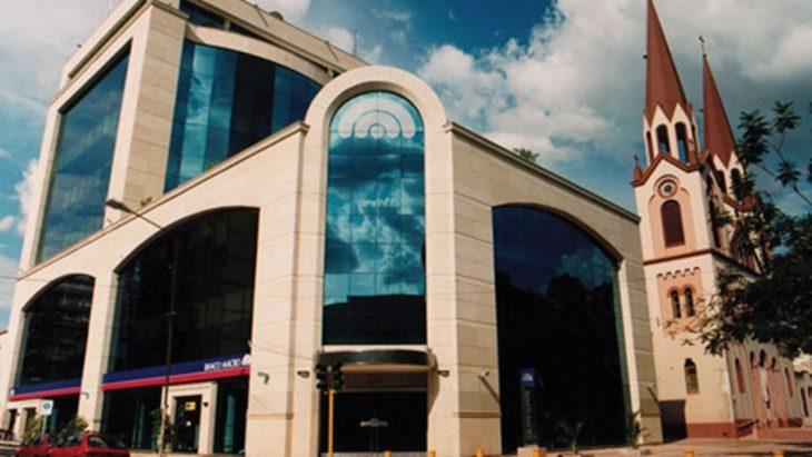 Banco Macro: a partir del 3 de abril podrán ingresar a las sucursales cuatro categorías de clientes