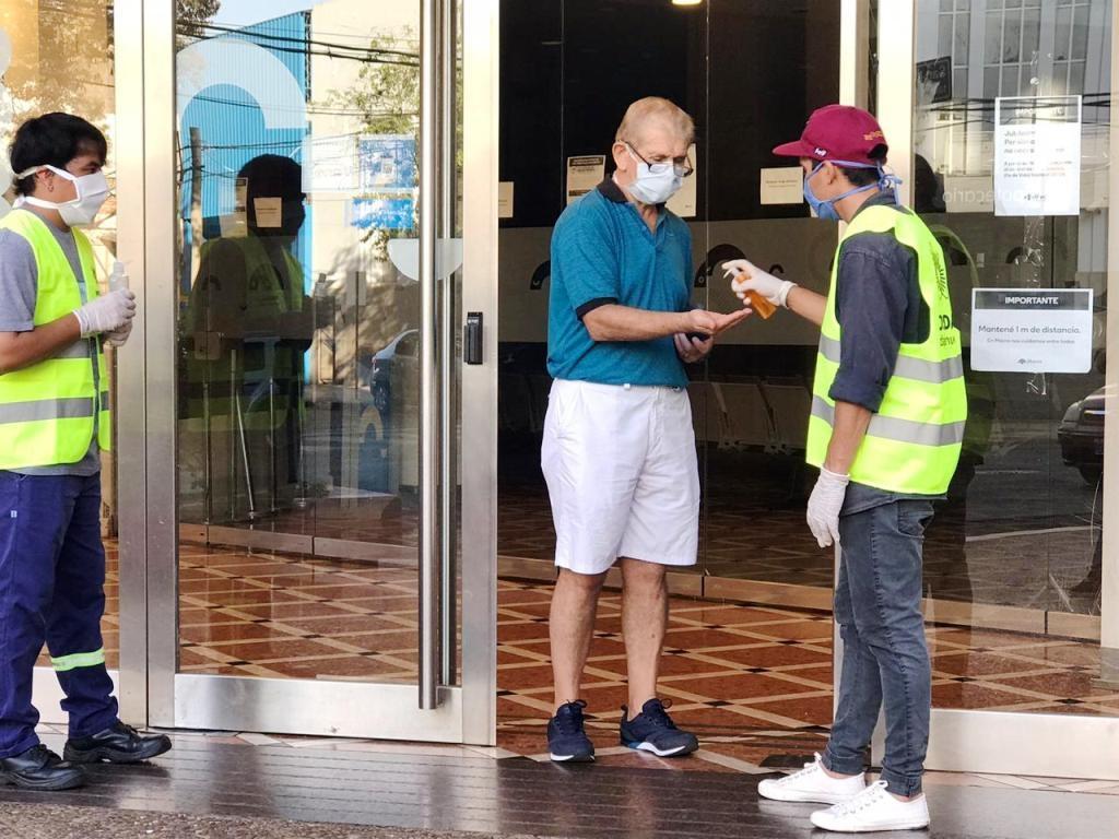 Coronavirus: amplios operativos en los cajeros posadeños en el día que la Provincia abona los sueldos