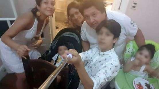 Se fueron a España, sus padres enfermaron de coronavirus y quedó sola con 3 hermanitos en un país que no conocen