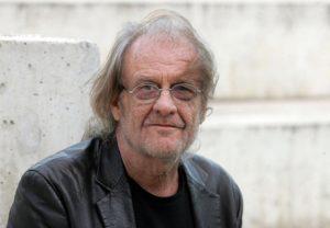 Murió el poeta y cantautor Luis Eduardo Aute, uno de los grandes referentes de la música en España
