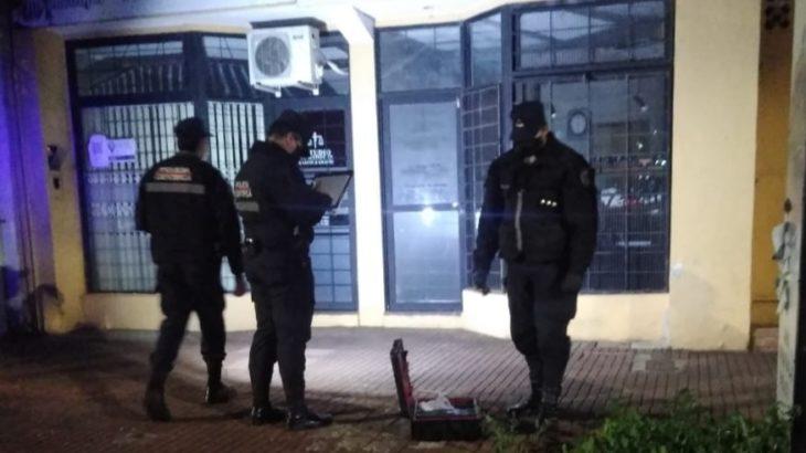 Detuvieron a un joven que fue sorprendido intentando robar en una joyería en Posadas