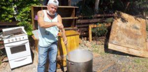 Coronavirus: vecinos del barrio El Mensú de Posadas organizaron un almuerzo solidario